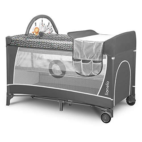 Lionelo Flower Camita de viaje 2 en 1 65 x 125 x 76 cm Para niños hasta 15 kg Colchón Organizador Cambiador Toy bar Juguetes interactivos 2 Reudas Compacta Bolsa para transportar Gris